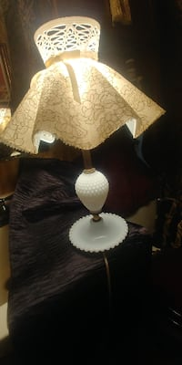 ORIGINAL SHADE with MILK GLASS Lamp*IF AD'S UP, IT'S STILL AVAILABLE 508 km