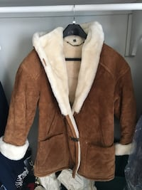 Women's brown snow jacket. Suede and leather Manassas, 20109