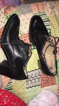 pair of black leather dress shoes Ottawa, K1N 8P1