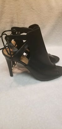 SIZE 11 BLACK OPEN BACK BOOTIE. NEVER WORN OUT Chillum, 20782