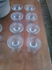 8 Wine glasses set