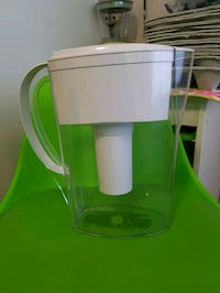 Water filtration pitcher Ottawa