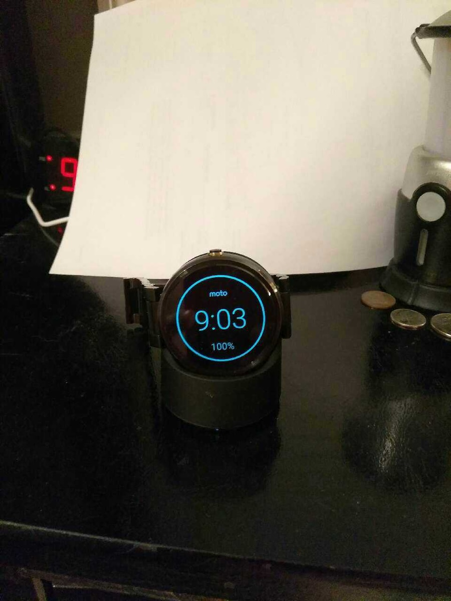 Moto smart watch in great shape just tp big for my - NC