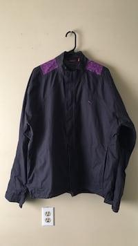 Woman's puma jacket size XL  Burnaby, V5H