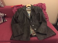 Faux leather jacket excellent condition Burnaby, V3N 0E6