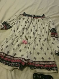 white and red floral dress Pensacola, 32503