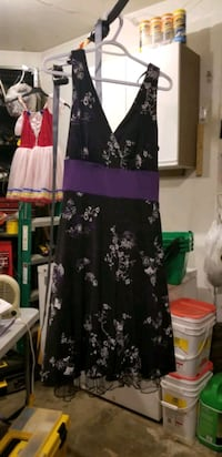 Women or Teen Dress.  Size 14/16 Edmonton, T6M 2G7