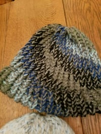 blue and white knitted textile 1035 mi
