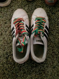 Adidas shoes size 7 Bakersfield, 93309