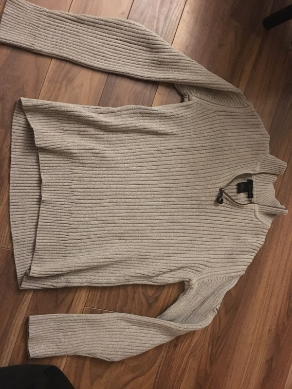 Calvin Klein Size Medium Fits Like A Small