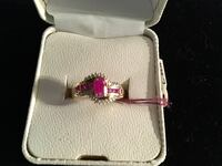 10kt gold ruby and diamond ring