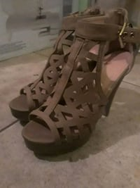 pair of brown leather open-toe heels size 6.5  McAllen, 78503