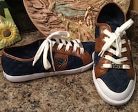 Guess royal blue, brown, & white low top sneakers Calgary, T2J