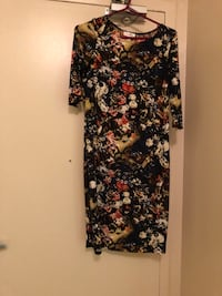 black and red floral long-sleeved dress Mississauga, L4Y 4E2