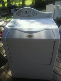 white front-load clothes washer Zephyrhills, 33540