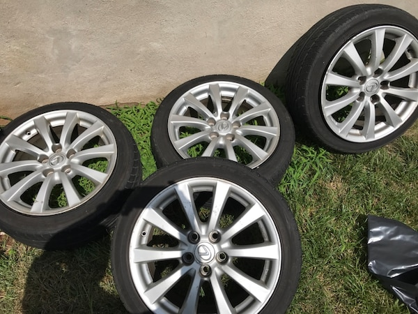 Lexus Is 250 Rims With Tires Usage A Vendre A New York Letgo