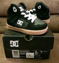 New Toddler DC Sneakers sz 5C Raleigh, 27610