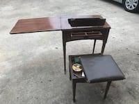 Brown wooden sewing table Linden, 07036