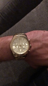 Round gold michael kors chronograph watch with link bracelet Odessa, 79761
