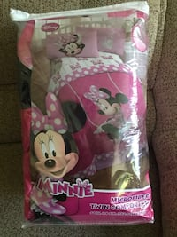Disney Minnie Mouse Comforter Set Plymouth, 55446