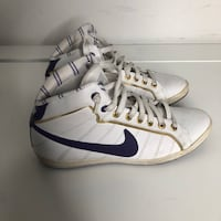 pair of white-and-blue Nike sneakers Toronto, M2M 4M7