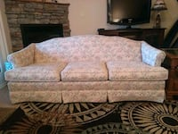 Sofa by PA House! Great condition!!  173 mi