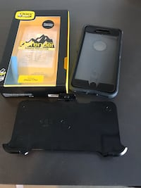 Black otter box iphone 7 plus case Surrey, V4N