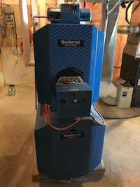 Buderus 120k BTU oil boiler but can be converted to gas Newmarket, L3Y 1L8