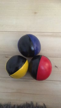 Juggling balls - great condition Montréal, H2X 2R6