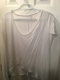 Jenifer Lopez white top size small Kingman, 86409