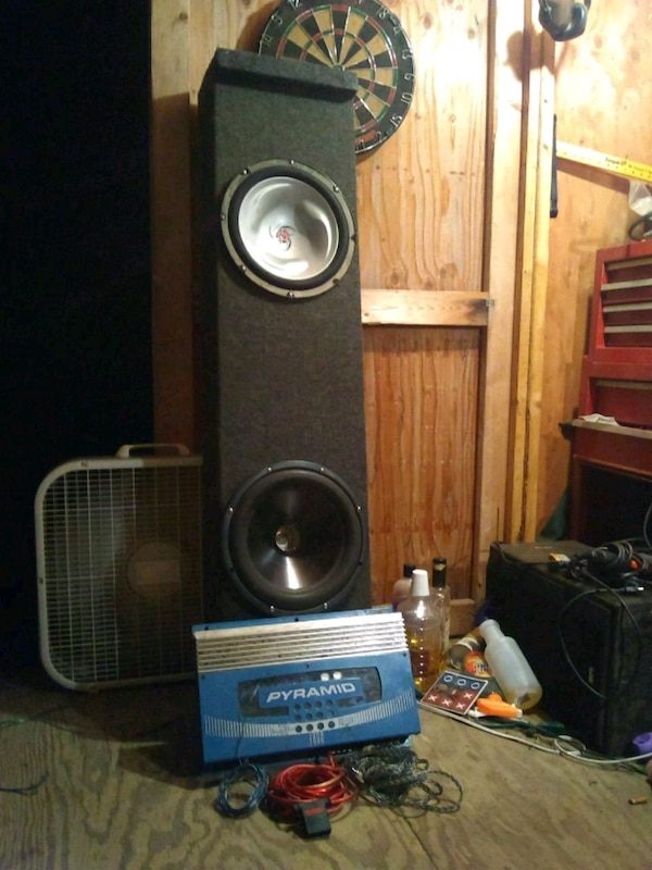 "(2) 12"" subwoofer and amp"