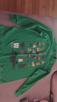 green Minecraft characters print sweater Springfield, 22152