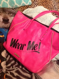Red and black victoria's secret tote bag Fargo, 58102
