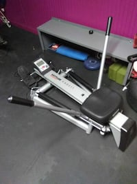 black and gray exercise machine