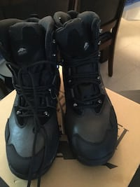 pair of black Air Jordan basketball shoes Teaneck, 07666