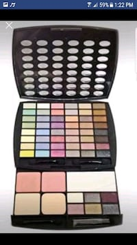 BEAUTIFUL MAKEUP KIT FOR SALE  Brampton, L6R 0W2
