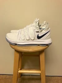 KD 10 numbers sz 11 Maple Ridge, V2X 9V3