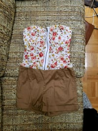 two pink and gray floral shorts Langley, V2Y 1T3