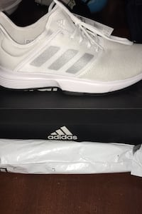 Adidas men's shoes brand new size 10 1/2