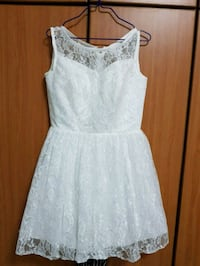 white lace scoop neck sleeveless dress Singapore