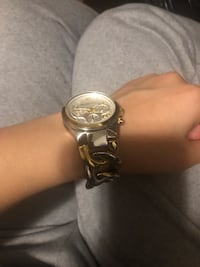 Micheal Kors watch  3734 km