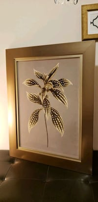 golden frame with leaf picture