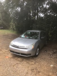 Ford - Focus - 2010 Tallahassee, 32301