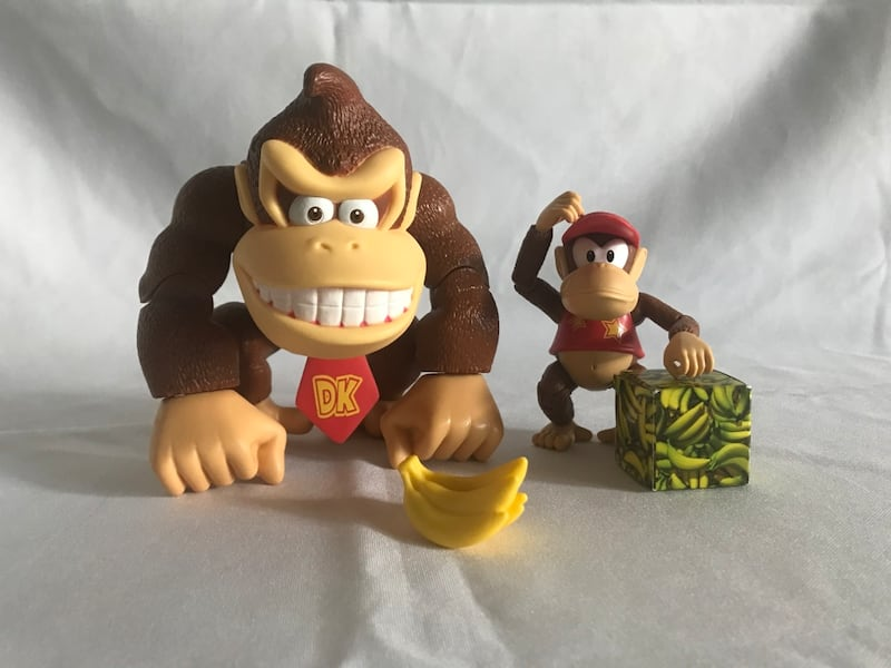 Donkey Kong country action figure set!! 728e1f58-7c78-483c-8151-dc5d81c62cd9