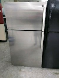 """33"""" stainless steel top and bottom refrigerator  Laurel, 20707"""