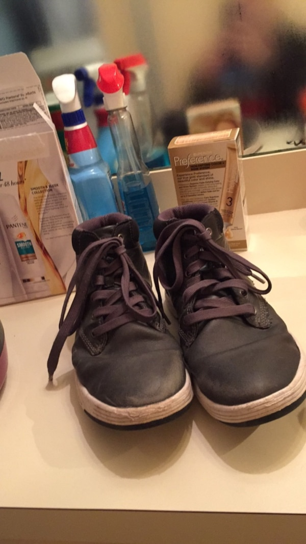 3417b5921b4 Used Pair of gray Perry Ellis Portfolio shoes size 9 for sale in Dallas -  letgo