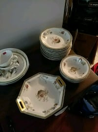 Fine China Set Woodbridge, 22193