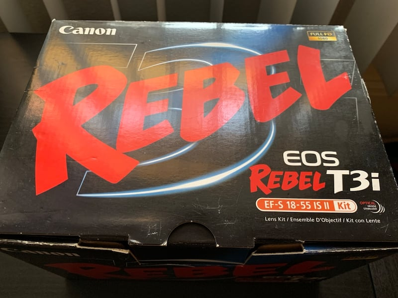 Canon EOS Rebel T3i DSLR Camera with 2 Canon Lenses and Carrying Case 7c6aa7c4-6323-4f25-bf76-05d826388800