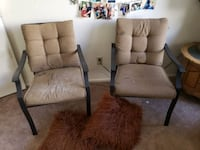 2 sitting Chairs