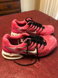 Women's Nike size 7.5 (excellent condition ) Swansea, 62226